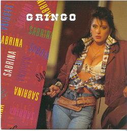 ... prima cantante italiana a piazzare le sue canzoni nei piani alti delle  classifiche e i tabloid si inventano una rivalità con l altra cantante-maggiorata  ... 630b2a7a938c
